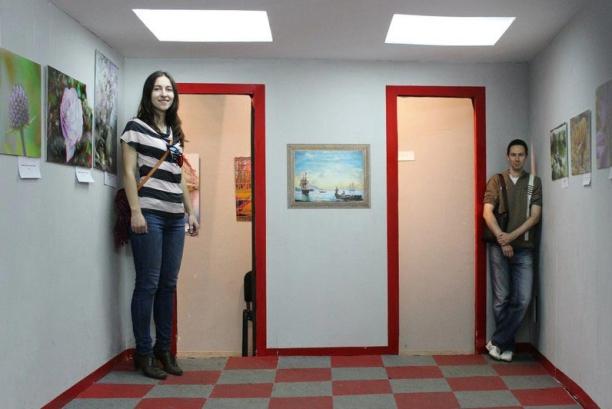 Комната Эймса в Санкт-Петербурге