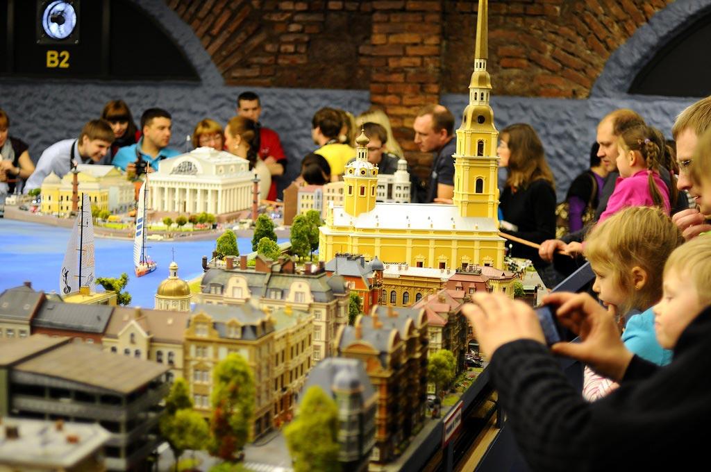https://droogie.ru/wp-content/uploads/2014/02/interaktivnyj-muzej-grand-maket-rossiya-1.jpg