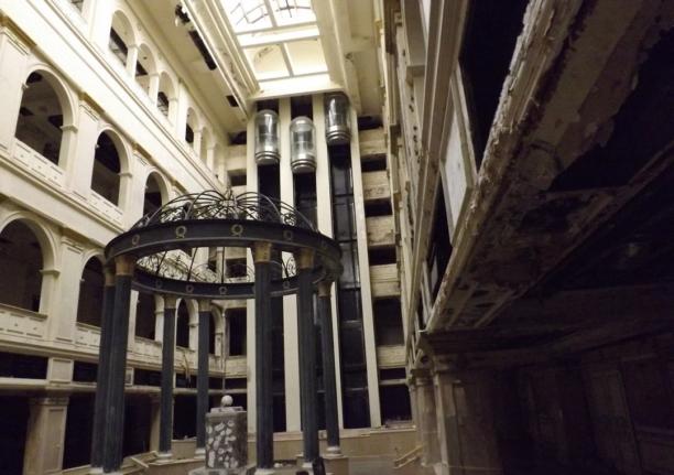 Заброшенный отель Северная корона в Санкт-Петербурге