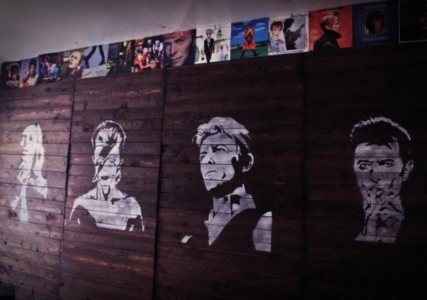 Bowie Bar