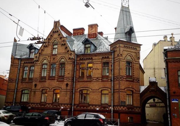 Особняк семьи Тиса в Санкт-Петербурге