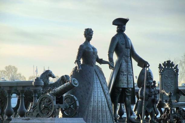 Памятник Царская прогулка в Стрельне