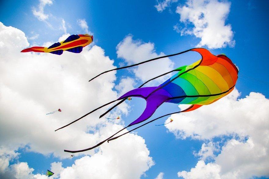 VI Фестиваль воздушных змеев «Летать легко!»